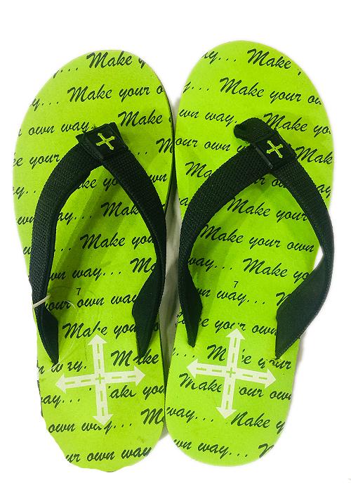 Essentials green letter footwear